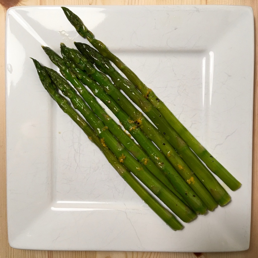 sous vide asparagus with lemon zest