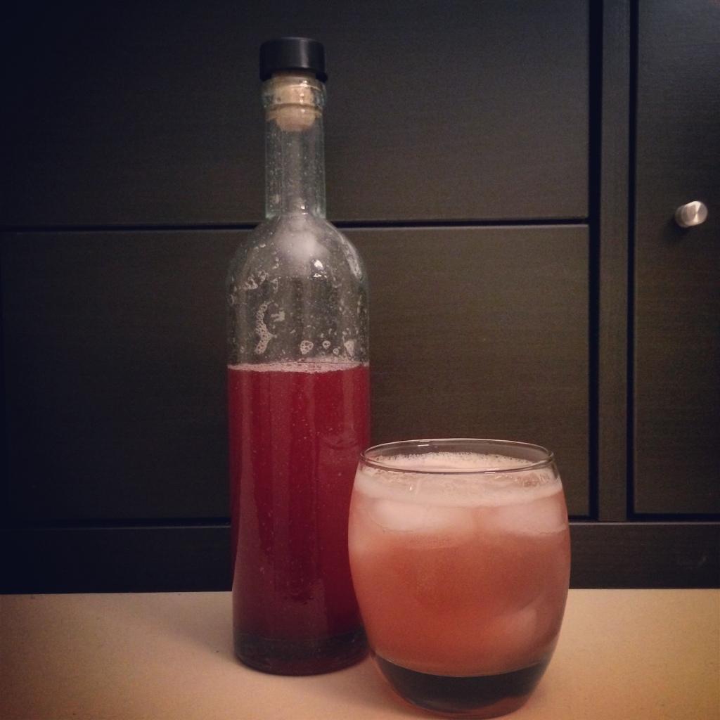 Plum Gin Fizz