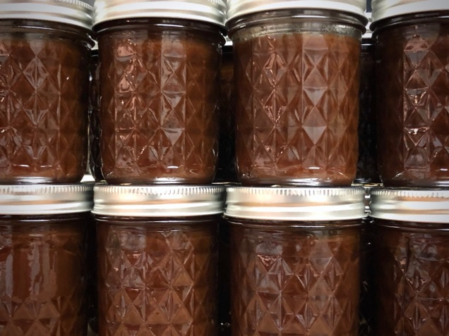 apple butter in jars